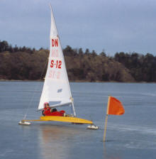 Ice yacht on Swedish lake. Photo: Tore Larsson